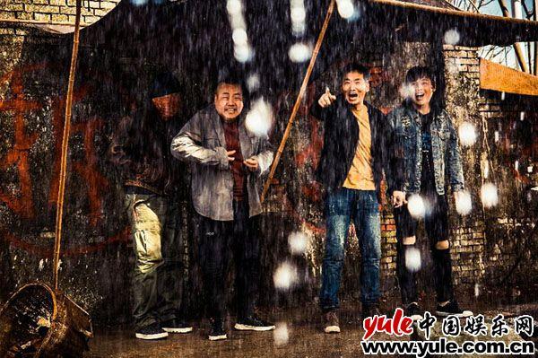 郑云大银幕首秀不惧风雪正能量领跑影视寒冬